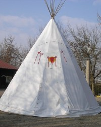 tepee_in_pvc.jpg